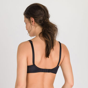 Full Cup Bra in Black – Perfect Silhouette-PLAYTEX