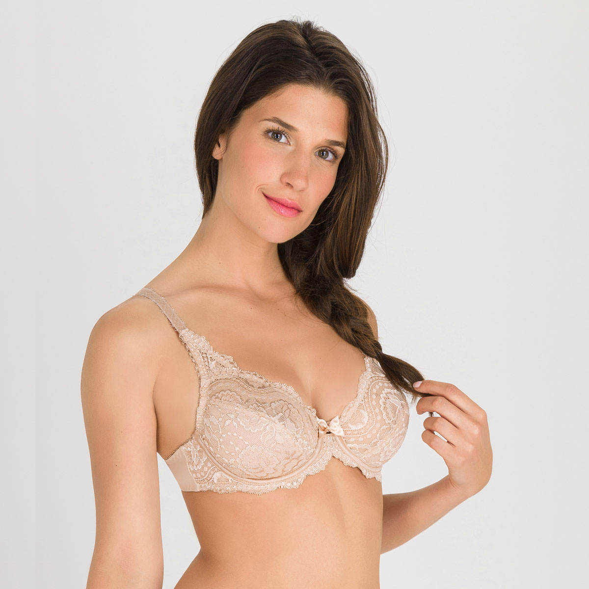 Full Cup Bra in Skin Tone – Flower Elegance-PLAYTEX