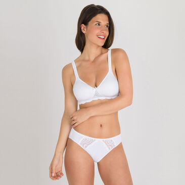 Non-wired spacer Bra in White – Flower Elegance-PLAYTEX