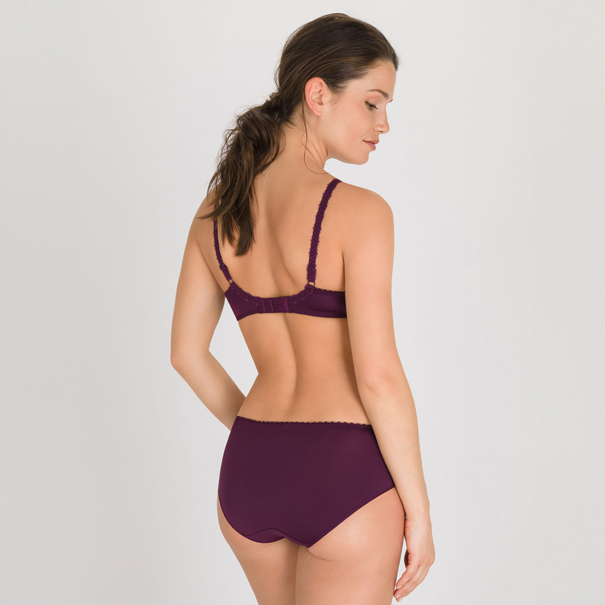 Full Cup Bra in Dark Purple - Flower Elegance-PLAYTEX