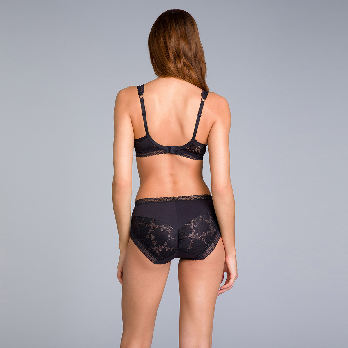 Midi Knickers in Black Lace - Invisible Elegance, , PLAYTEX