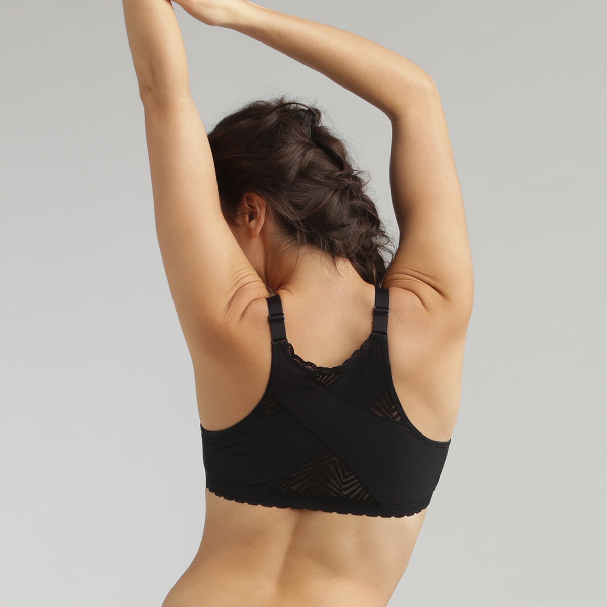 Non Wired Front Closure Bra in Black Ideal Posture, , PLAYTEX