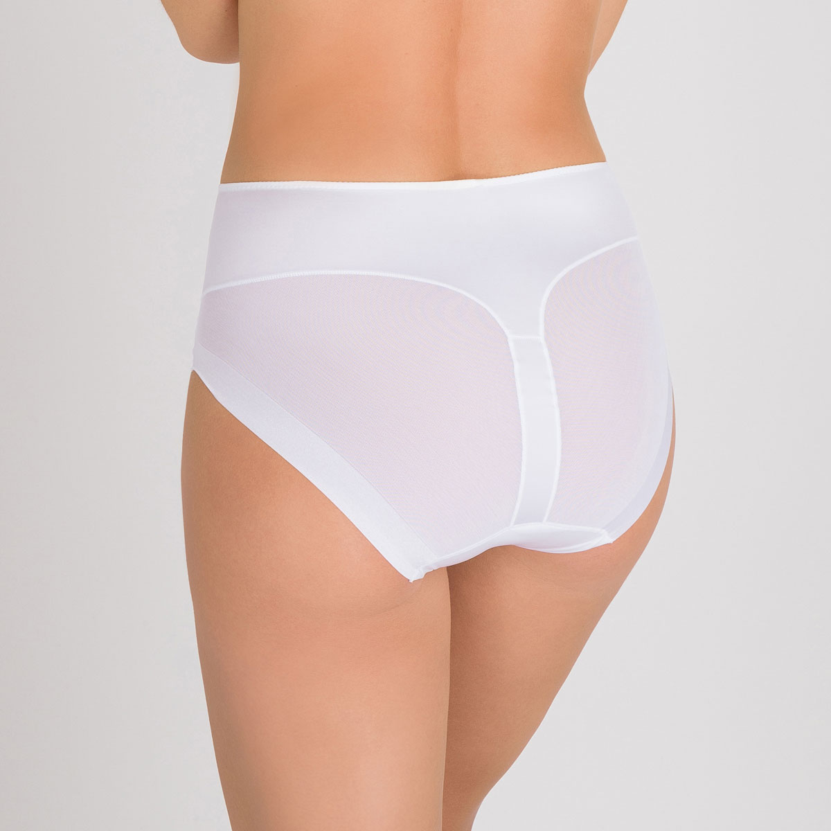 Invisible Shaping Maxi Brief in White – Perfect Silhouette-PLAYTEX