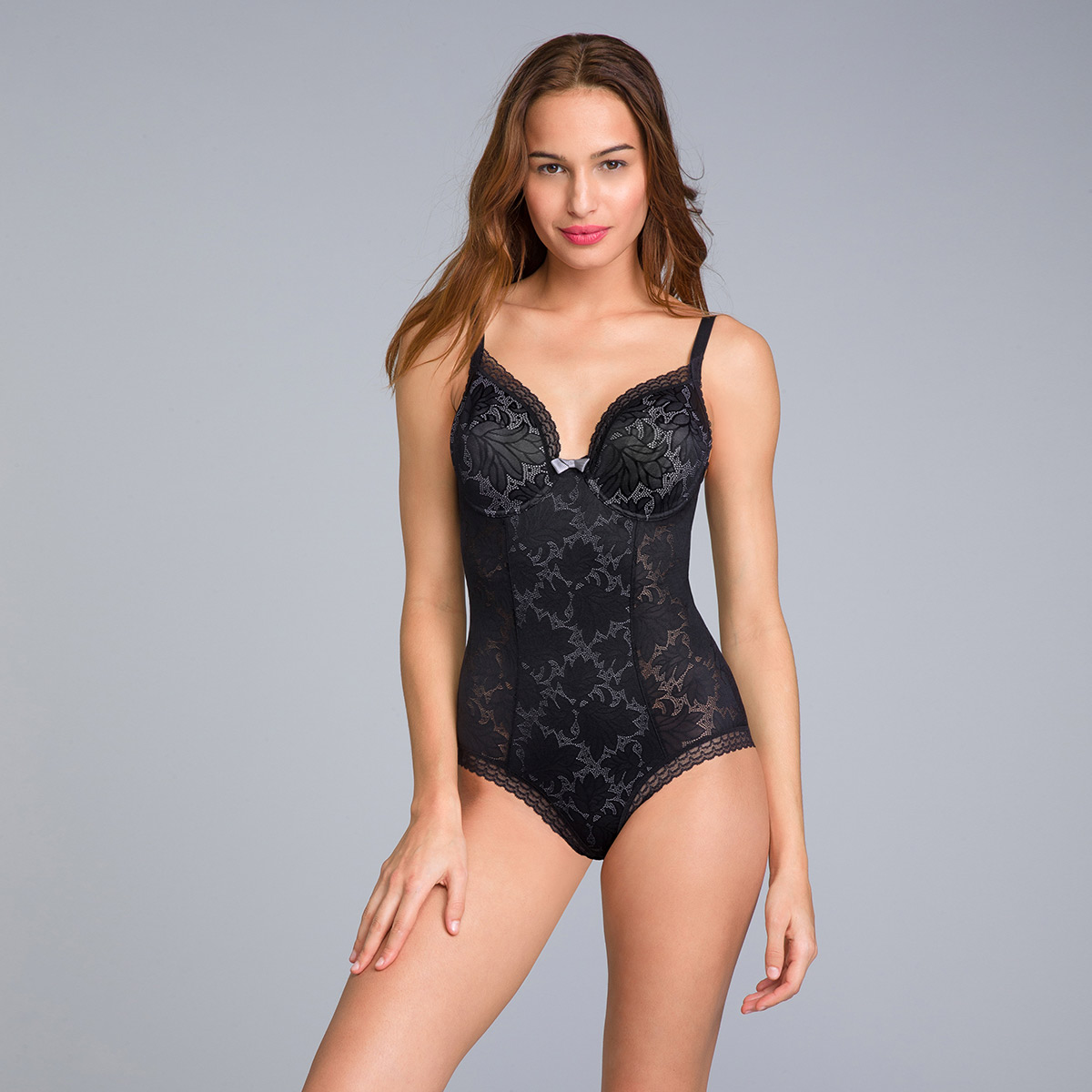 Underwired bodysuit in black lace Invisible Elegance, , PLAYTEX