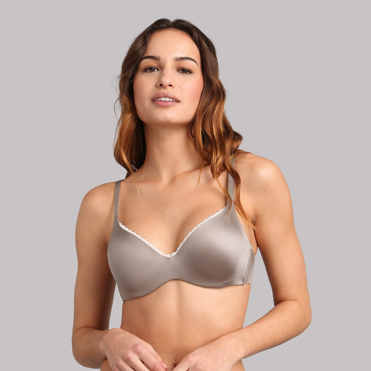 Full cup bra in mink with removable underwires 24h Absolute Soft, , PLAYTEX