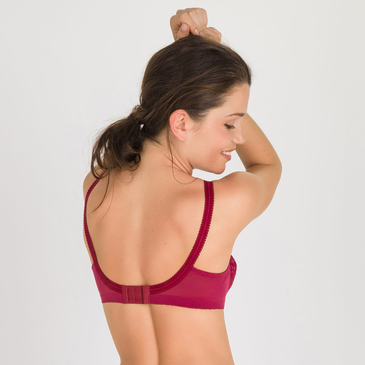 Non-wired Bra in Dark red – Cross Your Heart 556 -PLAYTEX