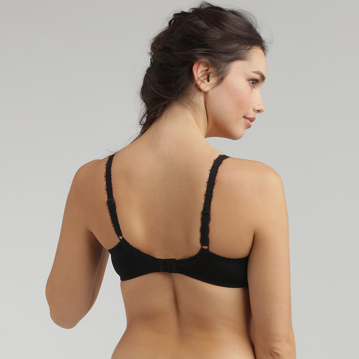 Full Cup Bra in Black – Flower Elegance, , PLAYTEX