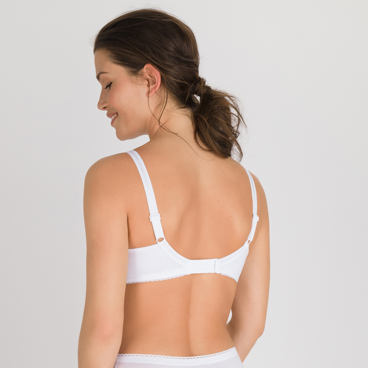 Non-wired Bra in White – Classic Cotton Support, , PLAYTEX