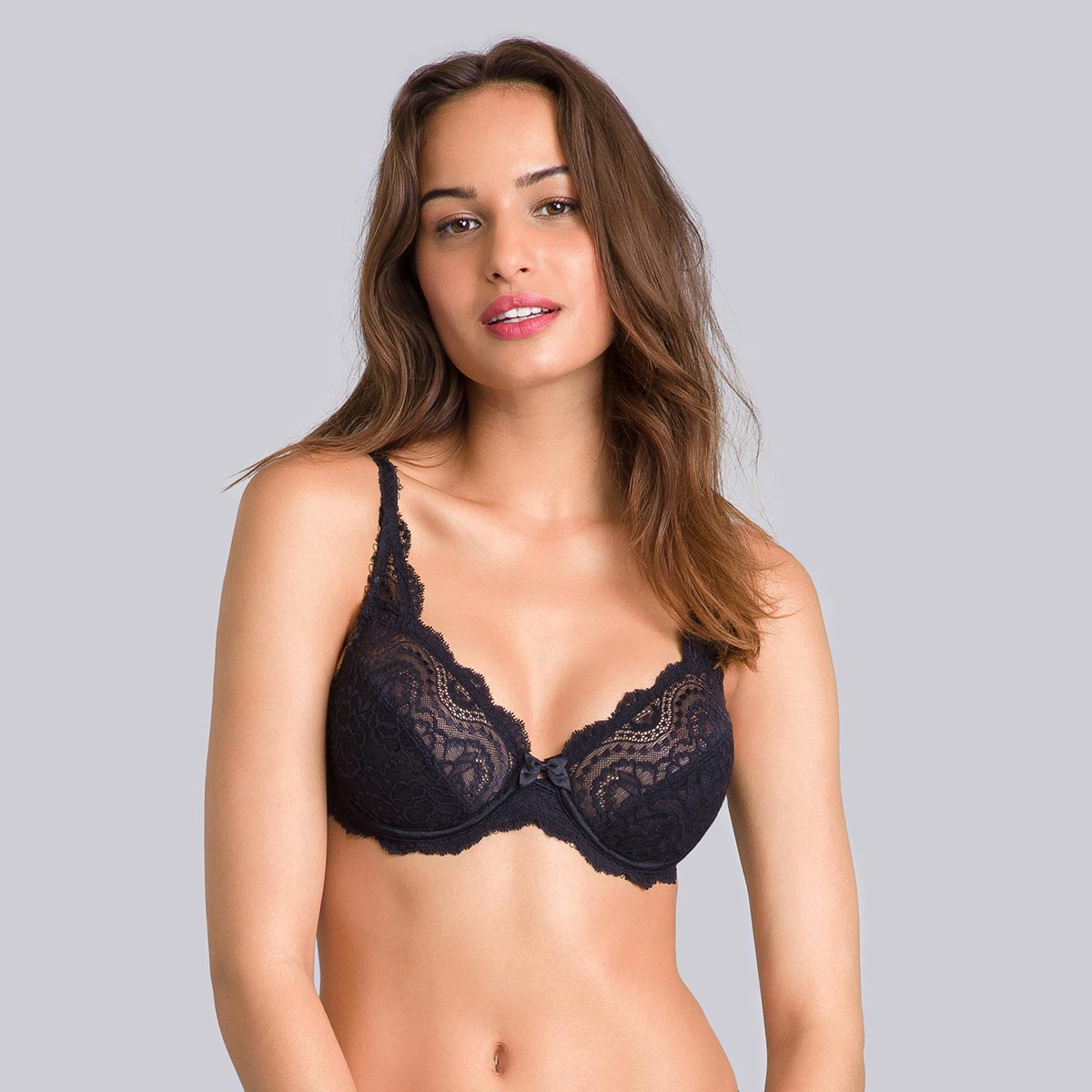 Pack of 2 black and white bras– Flower Elegance-PLAYTEX