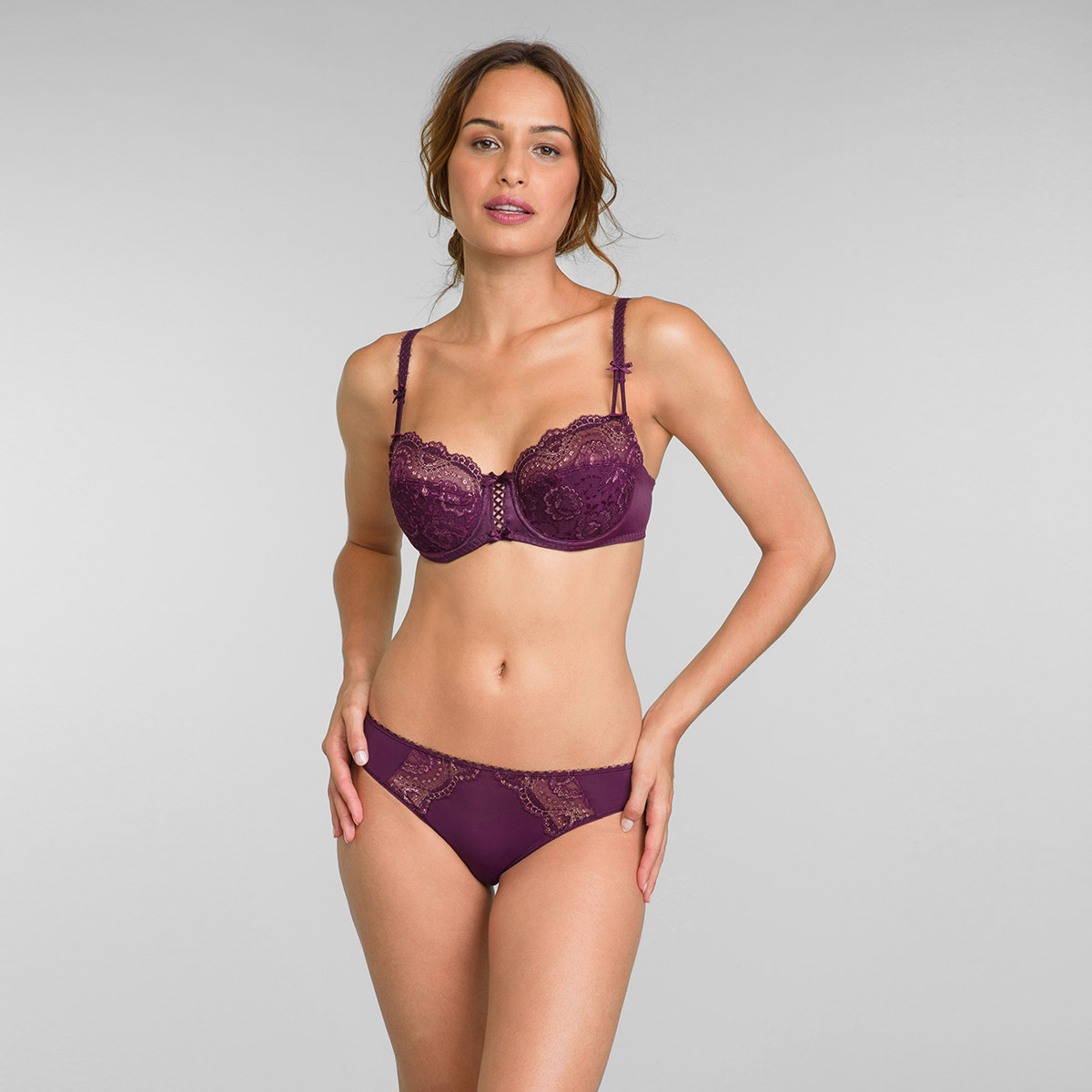 Lace Balcony Bra in Dark Berry Lurex Flower Elegance, , PLAYTEX