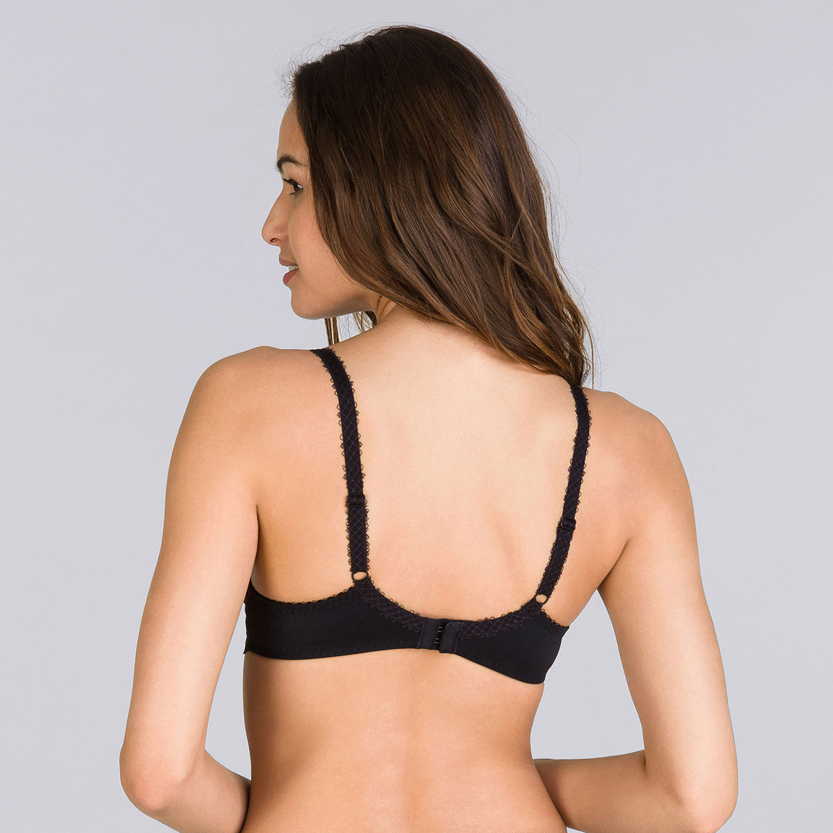 Full cup bra in black Flower Elegance, , PLAYTEX