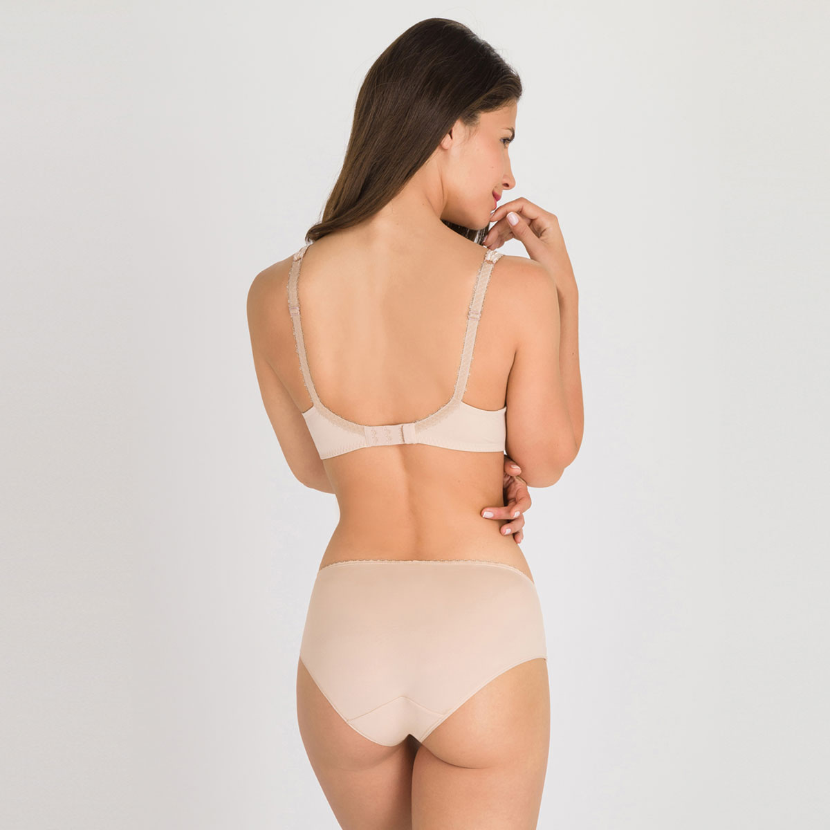 Non-wired spacer Bra in Nude – Flower Elegance-PLAYTEX