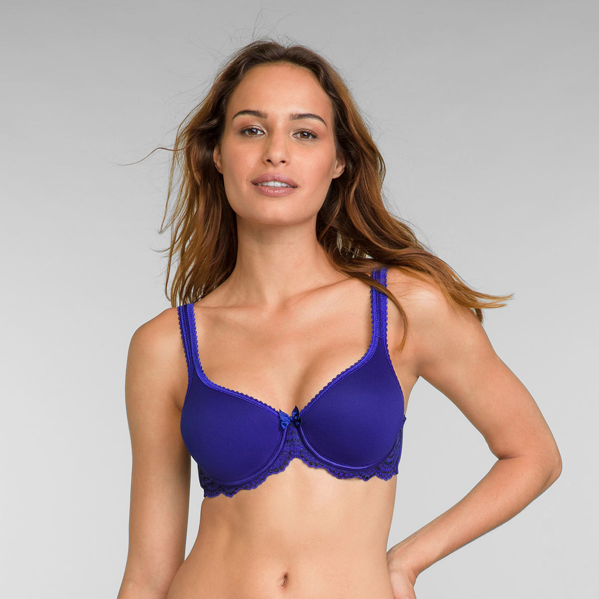 Full Cup Spacer Bra in Intense Blue Flower Elegance, , PLAYTEX