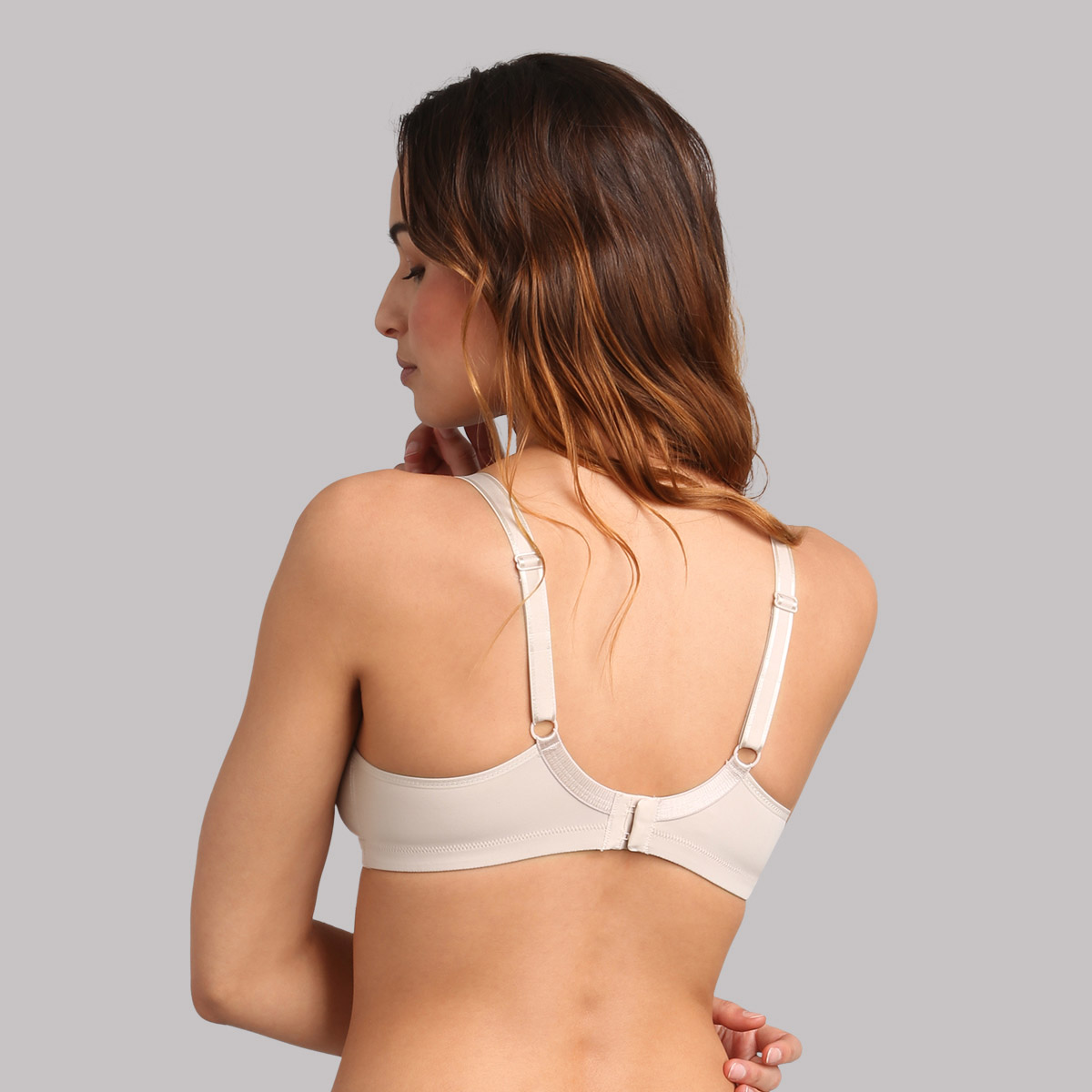 Non-wired bra in beige Basic Micro Support , , PLAYTEX