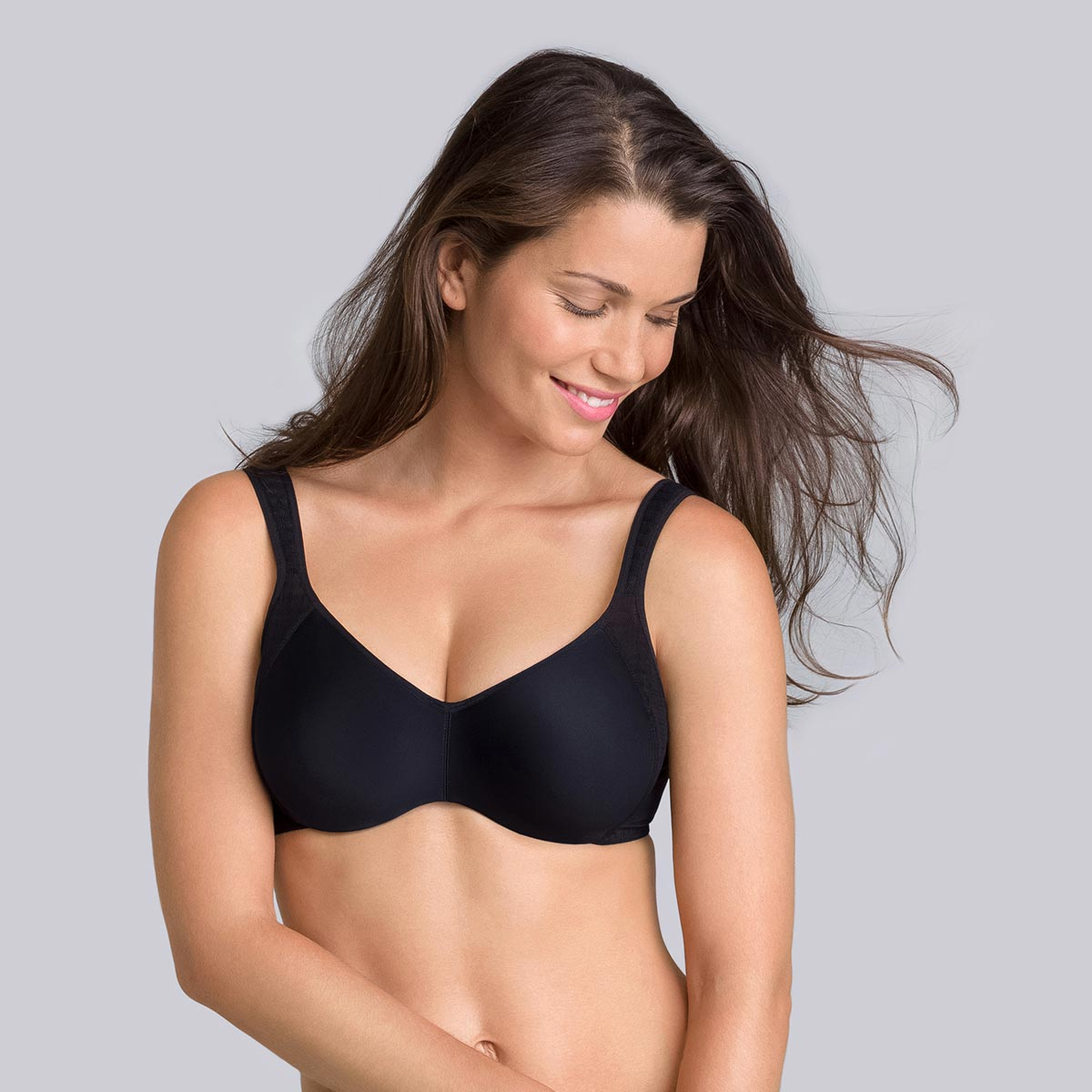 Underwired bra in black - Expert in Silhouette, , PLAYTEX