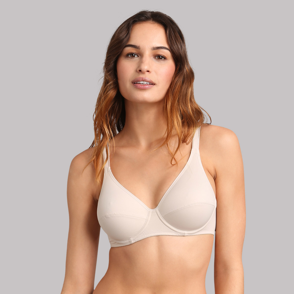 Underwired bra in beige Classic Micro Support, , PLAYTEX