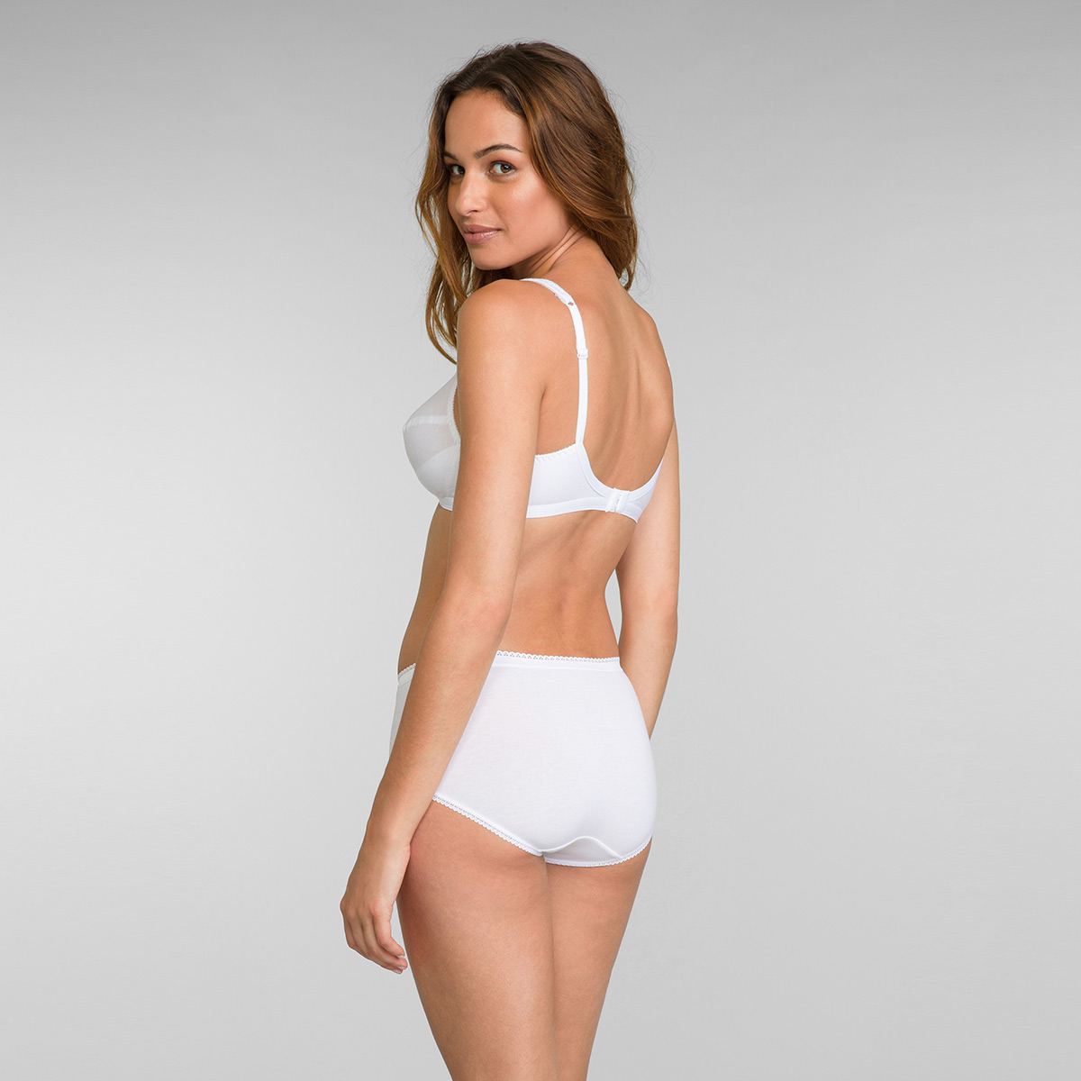 2 Non-wired Bras in White – Cross Your Heart Cotton 4771, , PLAYTEX