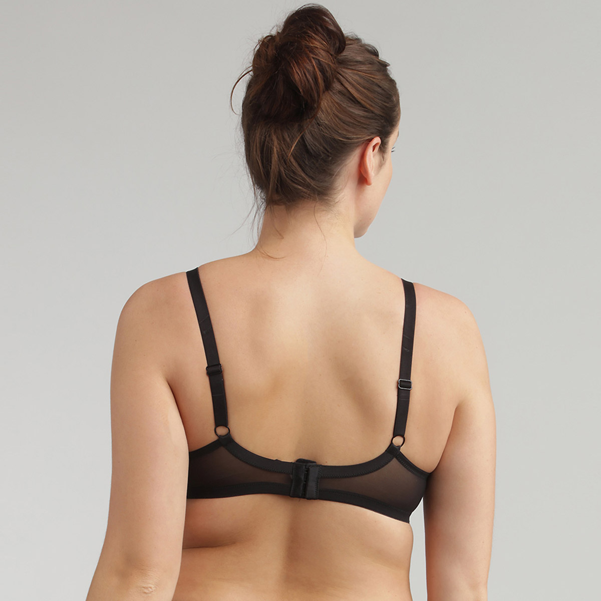 Underwired Lace Bra in Black Essential Elegance, , PLAYTEX