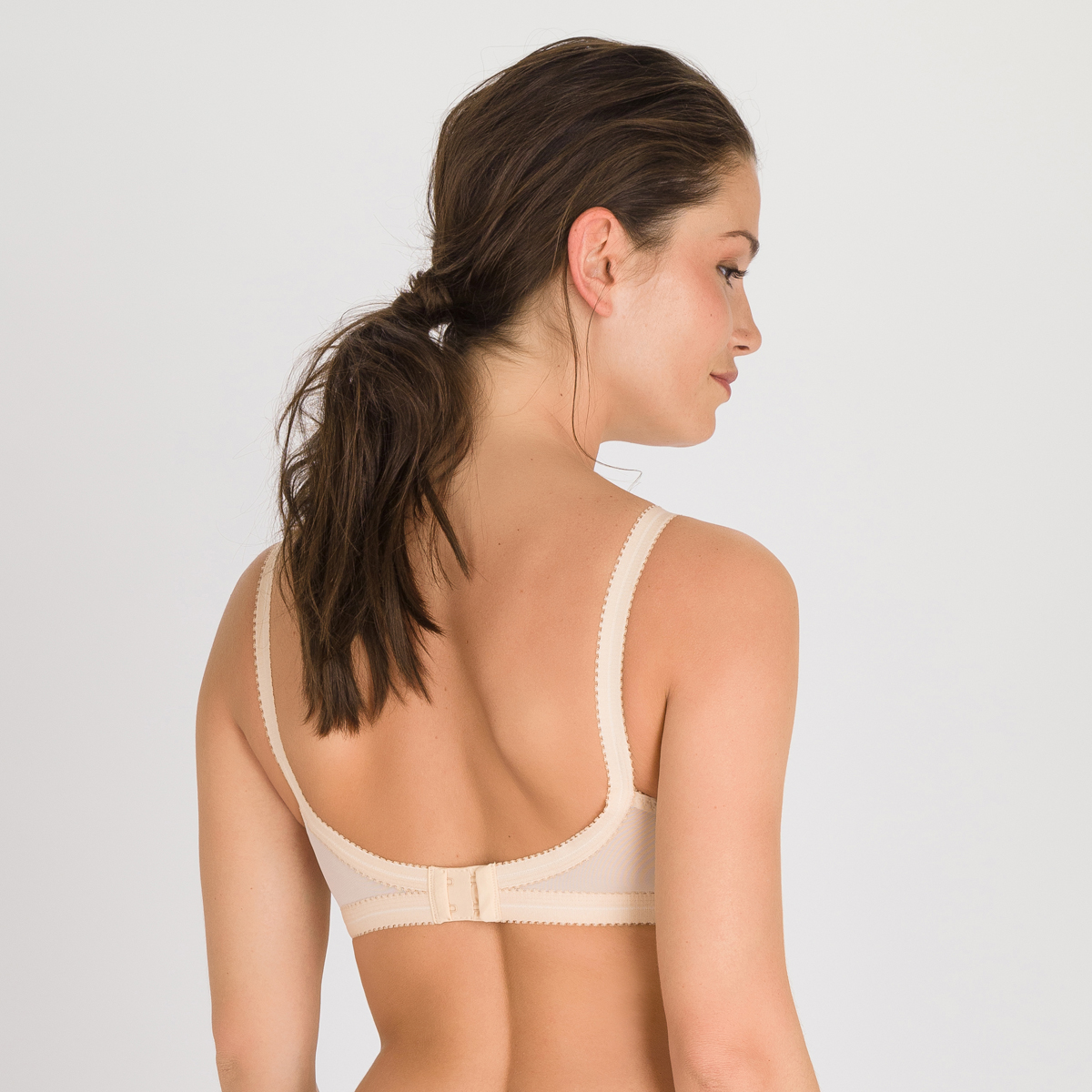 Non-wired Bra in Nude– Cross Your Heart 165, , PLAYTEX