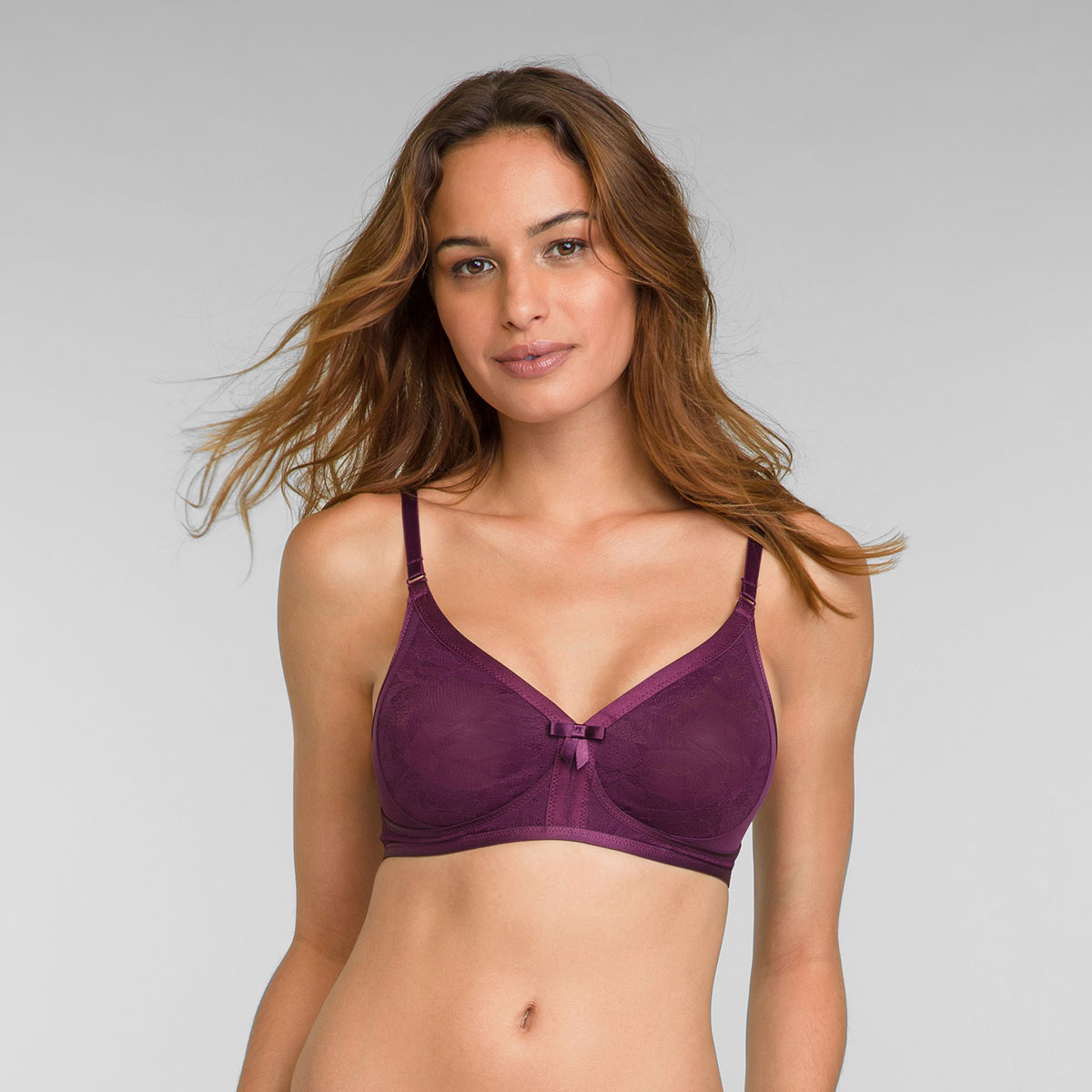 Non Wired Bra in Dark Boysenberry Ideal Beauty Lace, , PLAYTEX