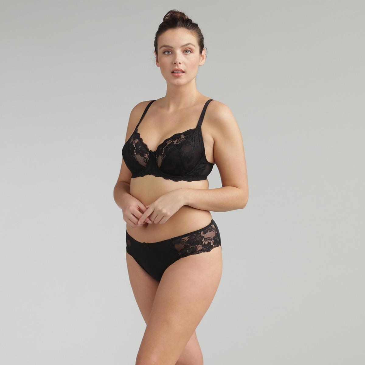 Bikini Knickers in Black Lace Essential Elegance, , PLAYTEX