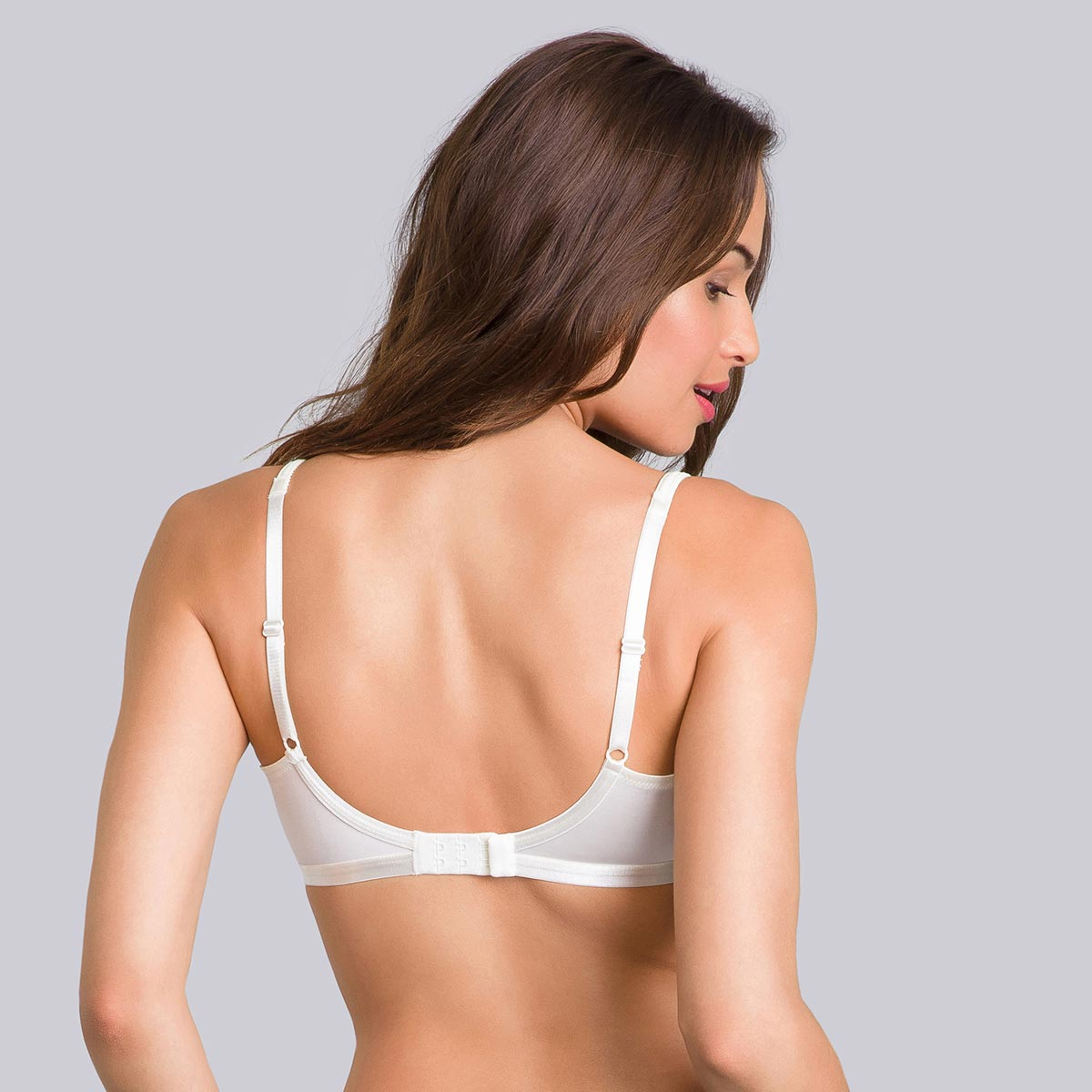 Non-Wired Full Cup Bra in Ivory - Satiny Micro-Support-PLAYTEX