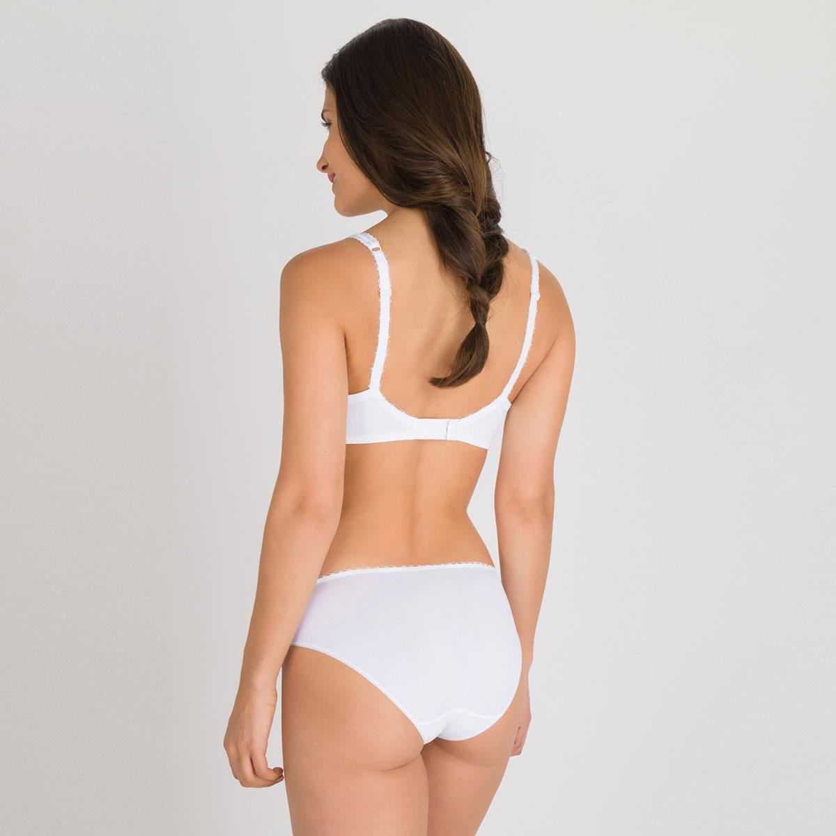 Non-wired spacer Bra in White – Flower Elegance-PLAYTEX