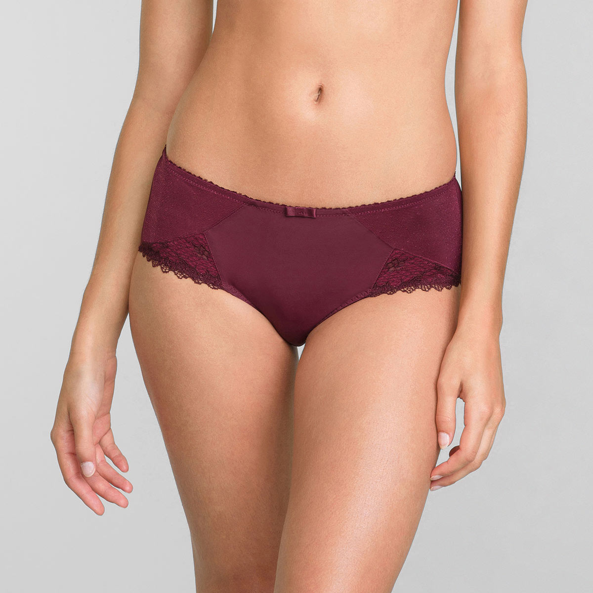 Midi Knickers in Dark Bordeaux Classic Lace Support, , PLAYTEX