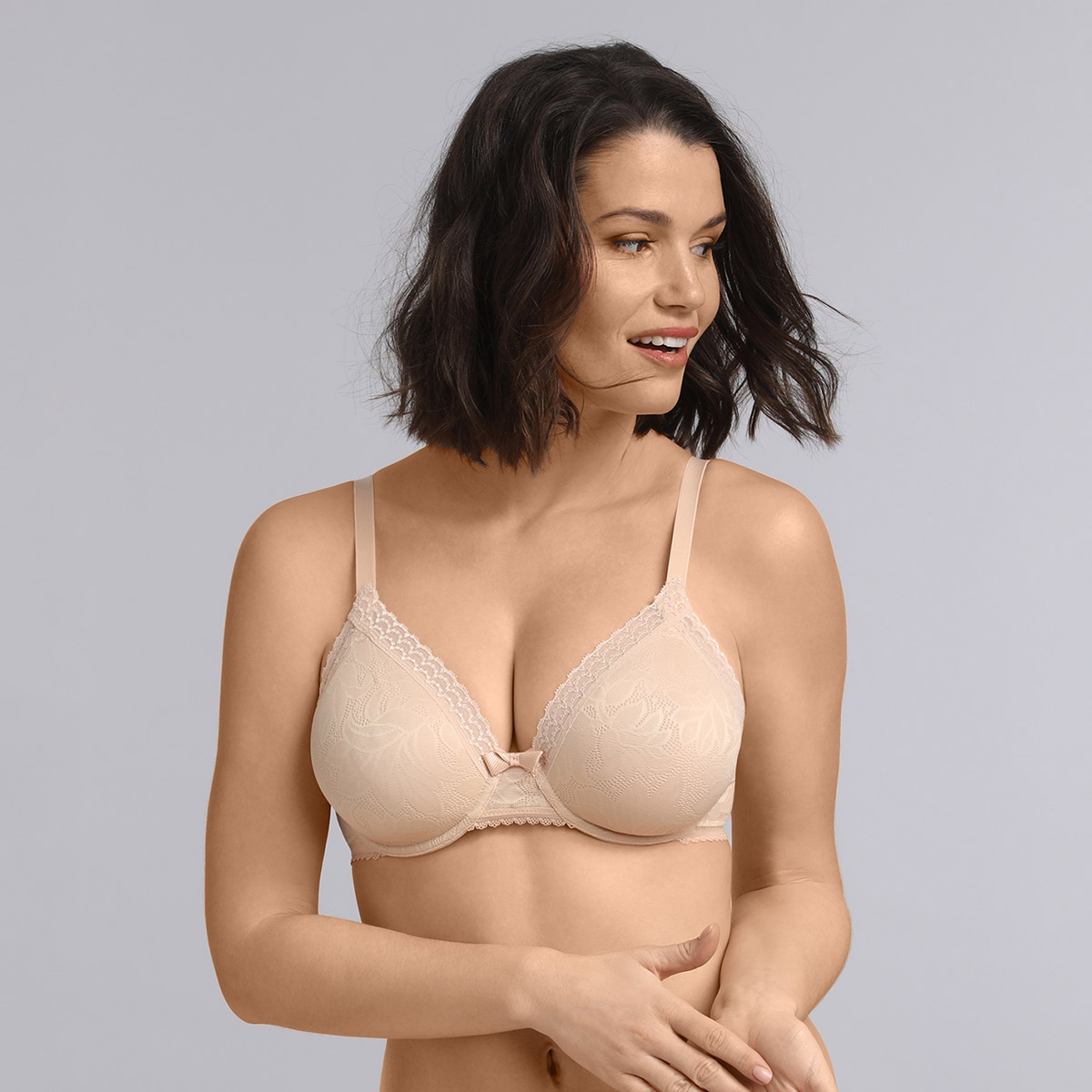 Underwired triangle bra in beige Invisible Elegance, , PLAYTEX