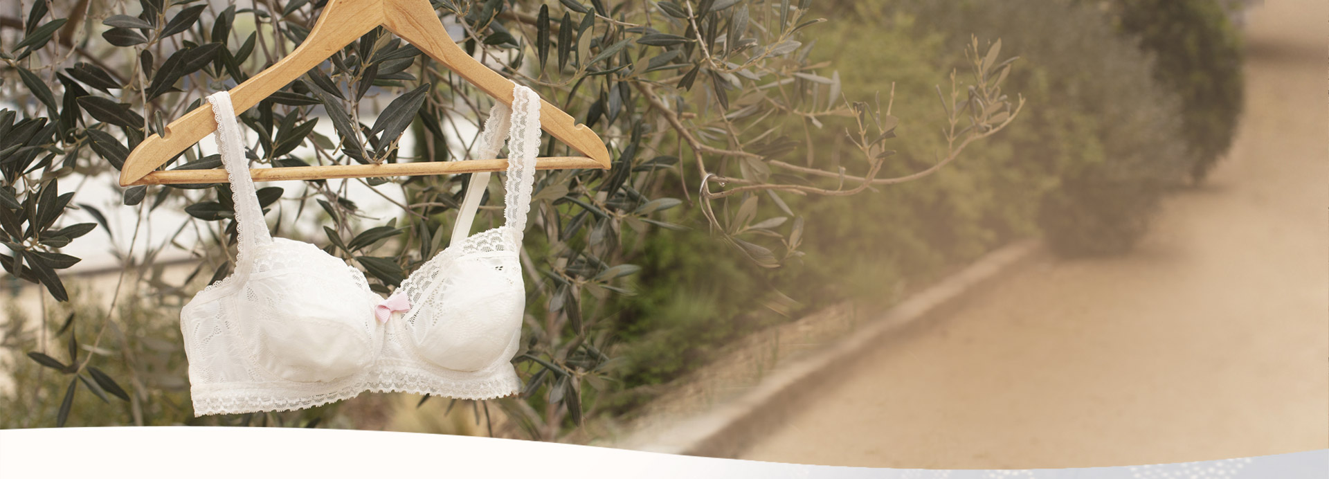Invisible Elegance Lace Bra by Playtex